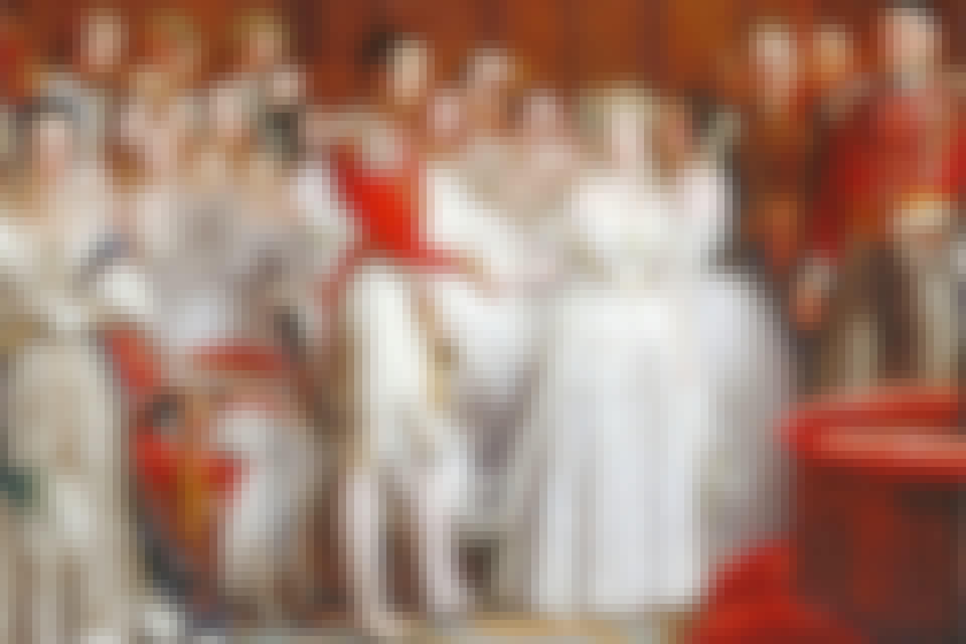 Brudklänningen blev vit