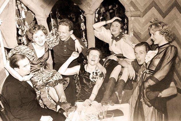 Til fest med Eva Braun.