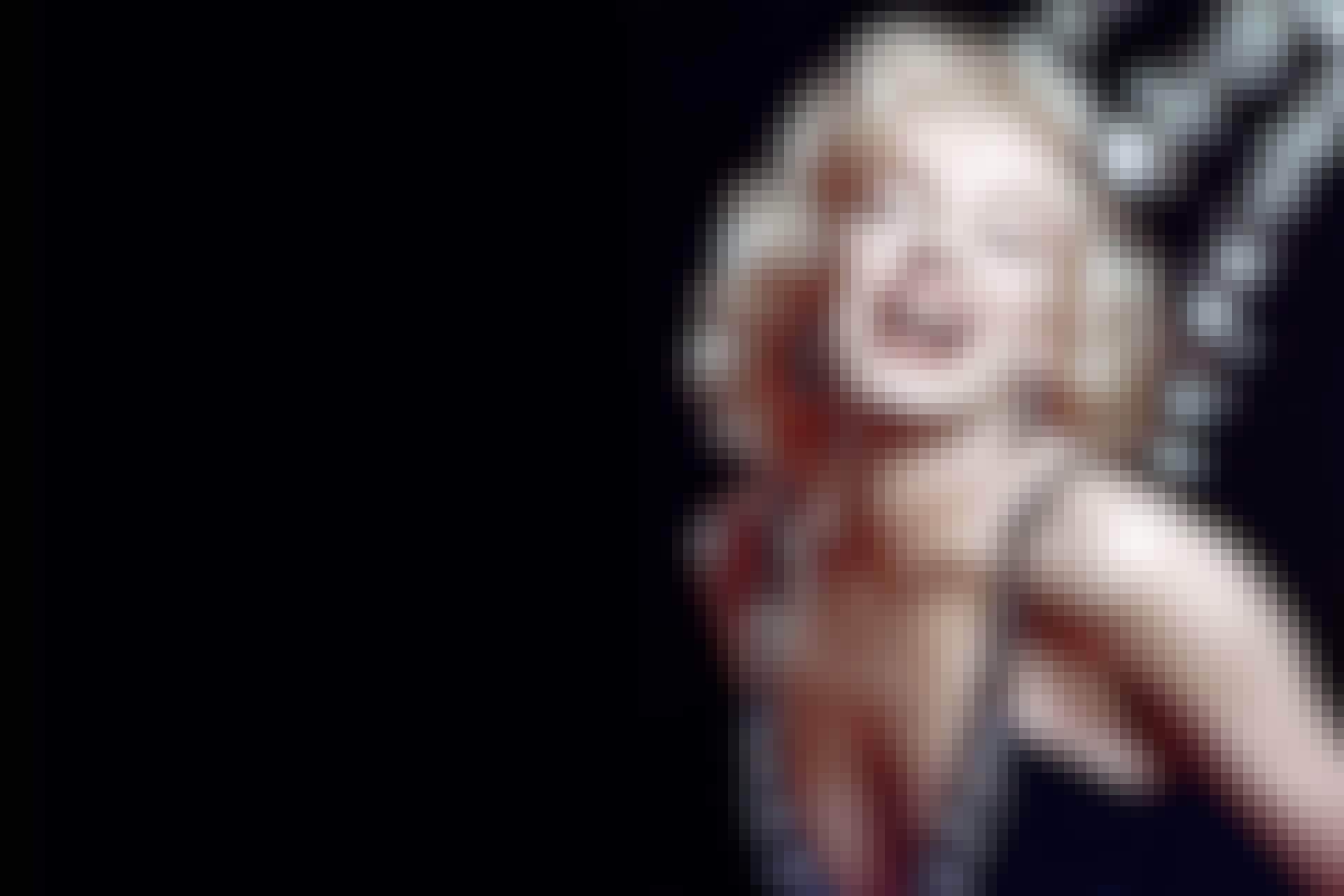 Marilyn Monroe black background