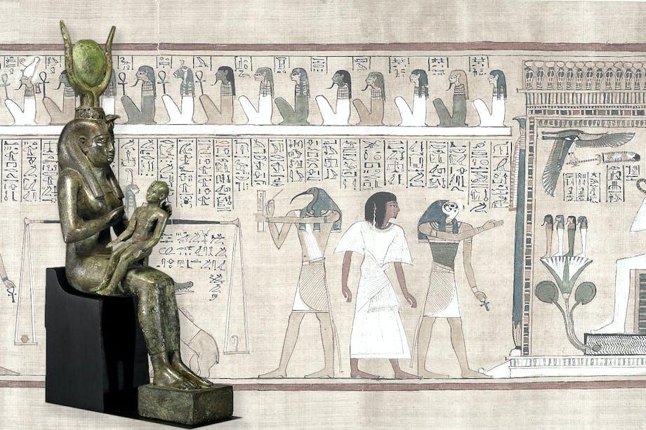 Statyett av den egyptiska guden Isis med sonen Horus i knät. Bakom bild ur De dödas bok med Thot.
