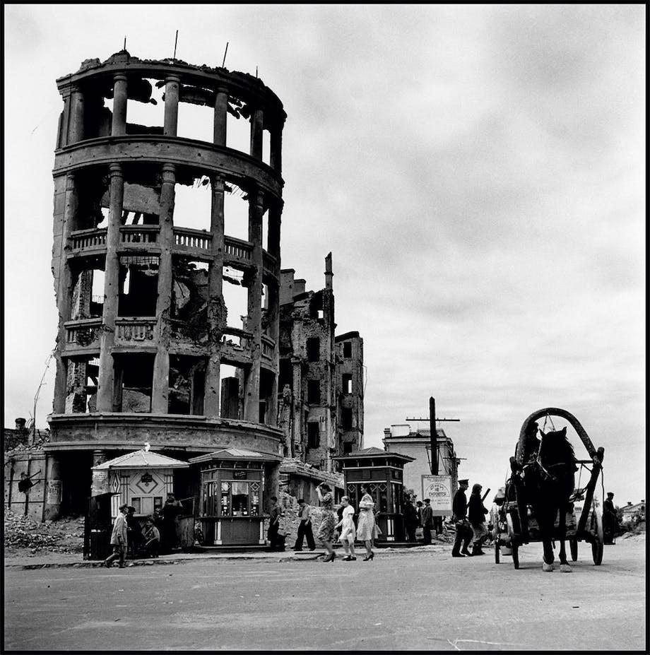 Stalingrad, Sovjetunionen, august 1947
