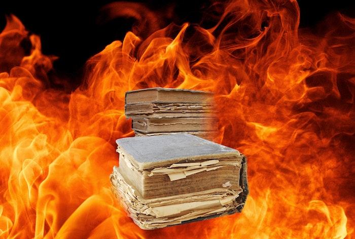 Bøger ild