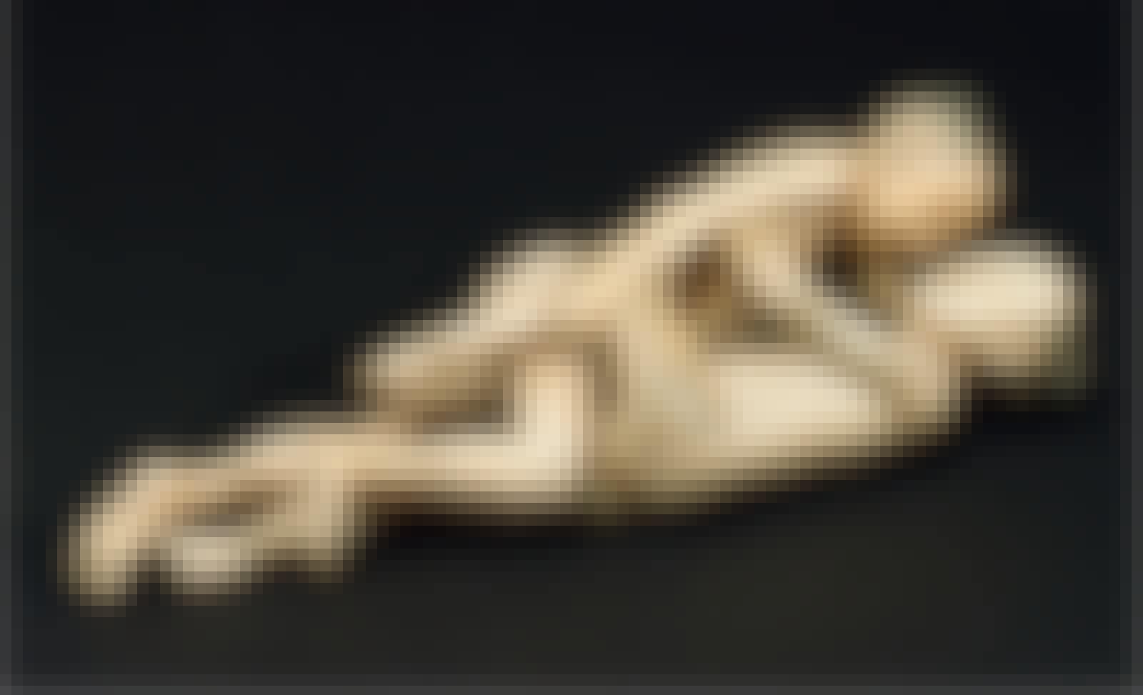 ivory figurine foot binding