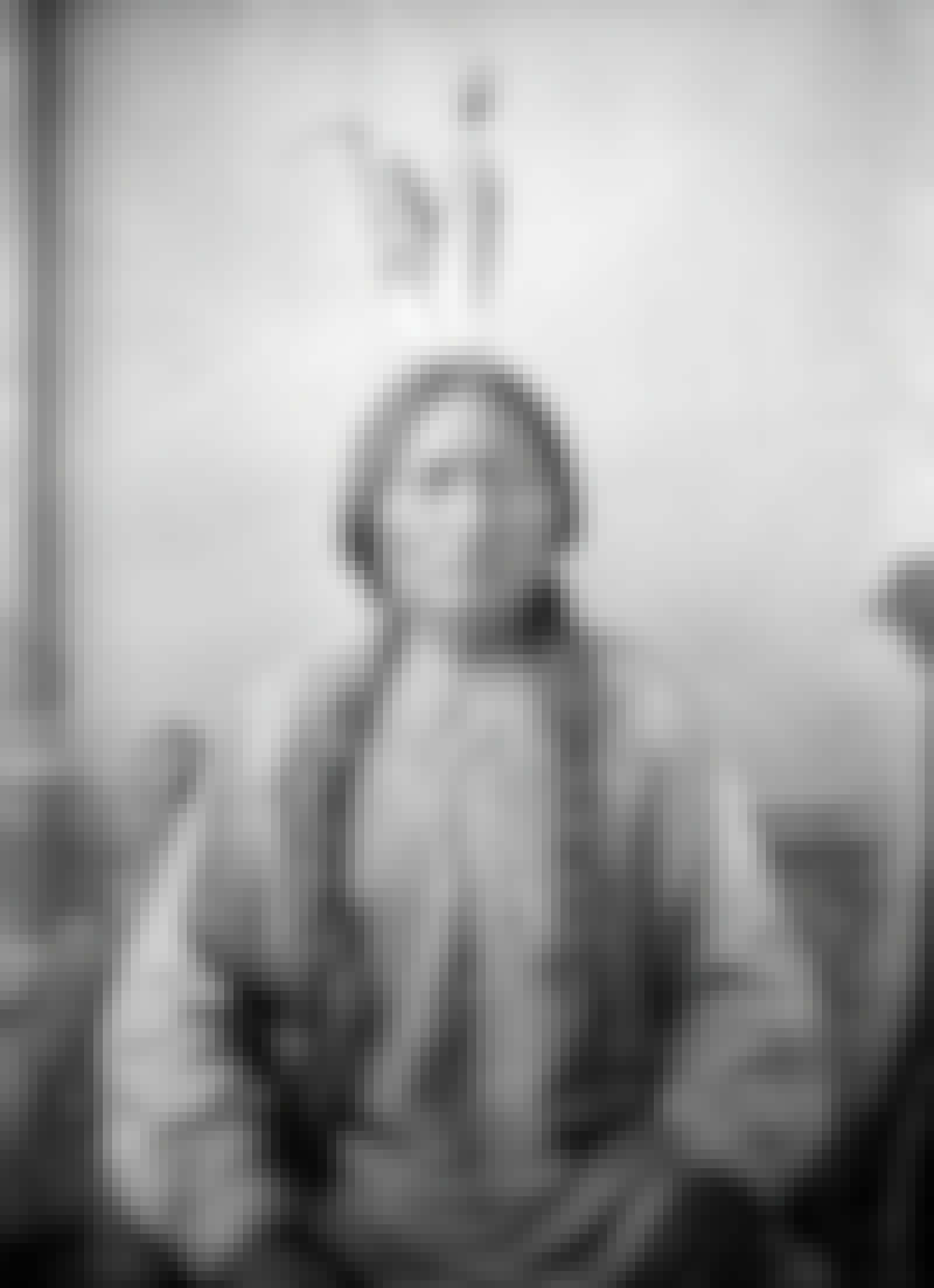 Sitting Bull portrait 1883