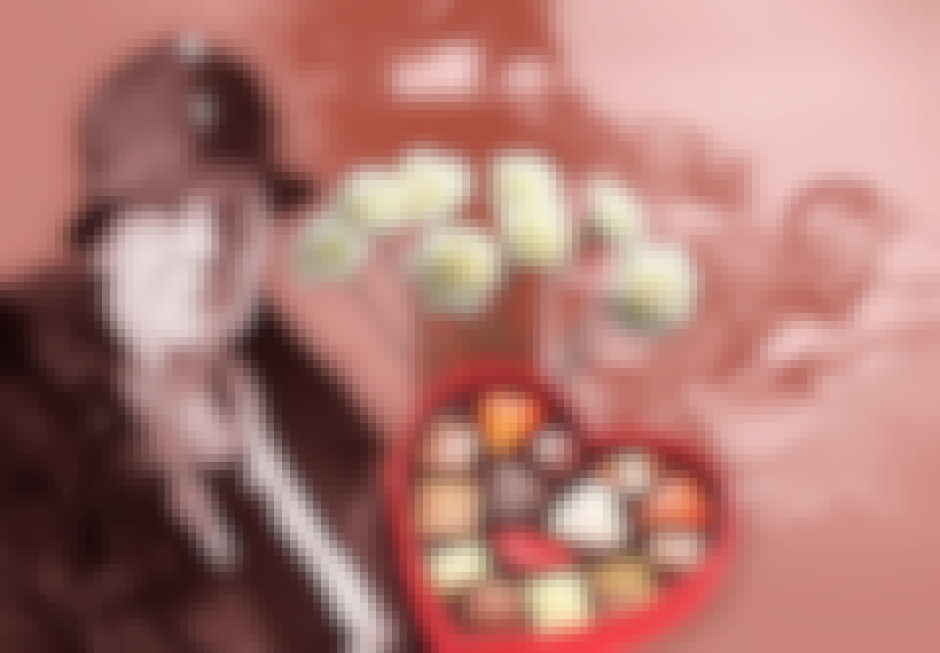Anna Jarvis, kukkia ja suklaata