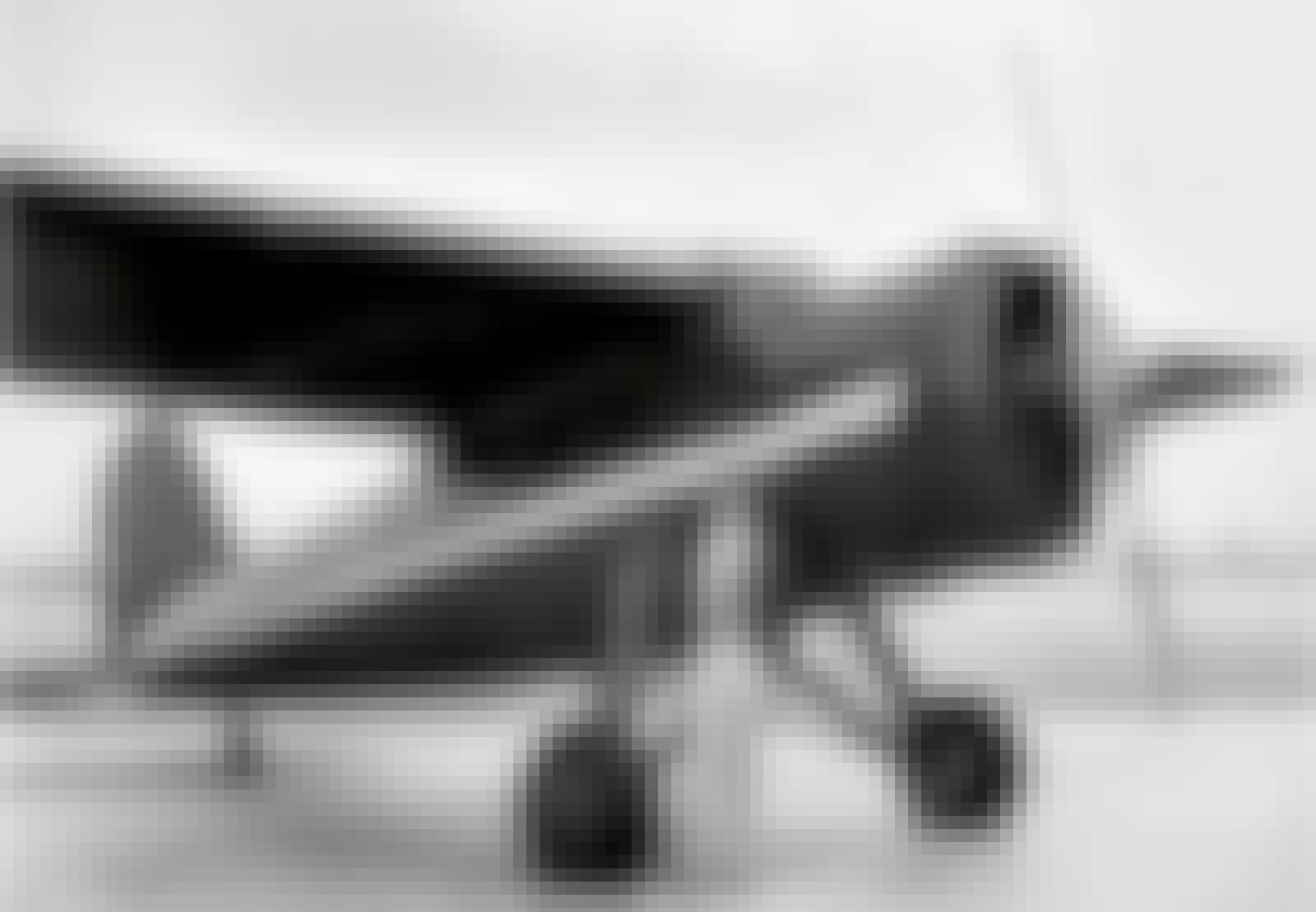 Amelia Earhart foran sit fly
