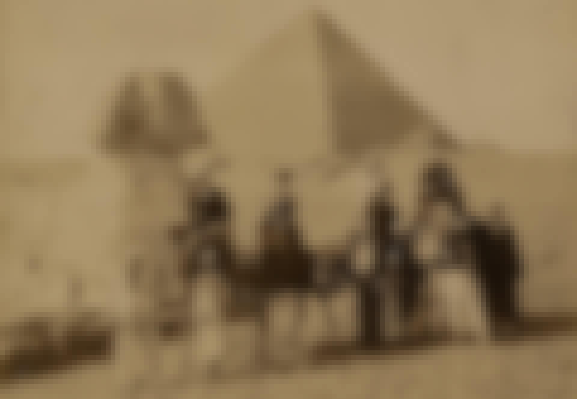 Viktorian ajan turisteja pyramidin edessä