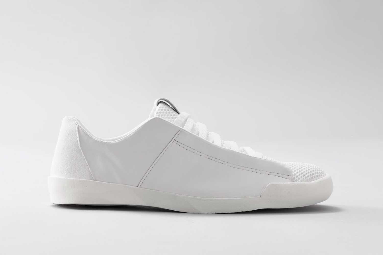 Hiilidioksidia kenkiin