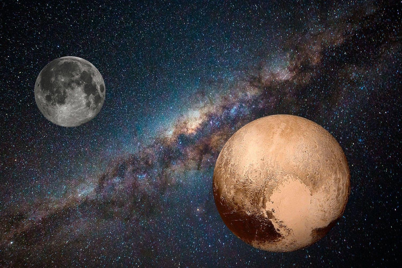 Maan en Pluto