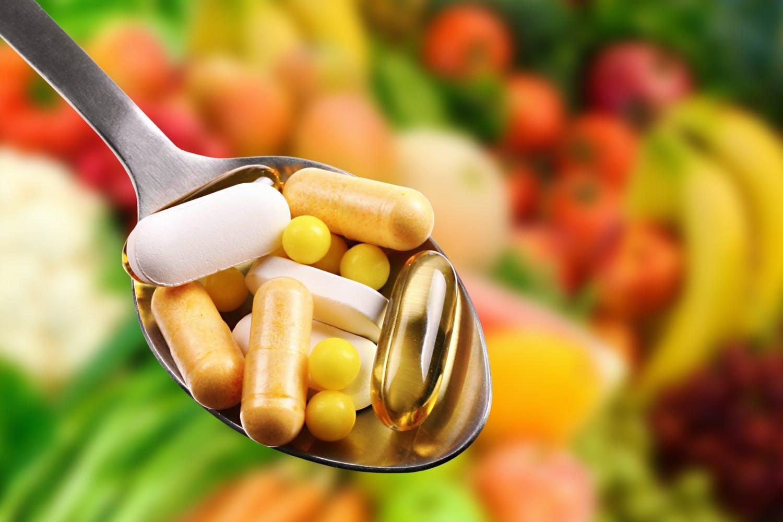 Vitamines on spoon