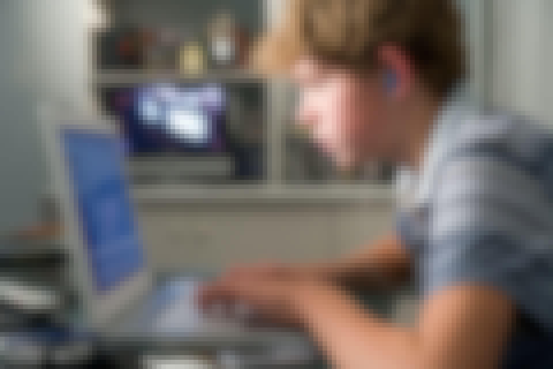 Teenagere bør bruger masser af tid bag skærmen