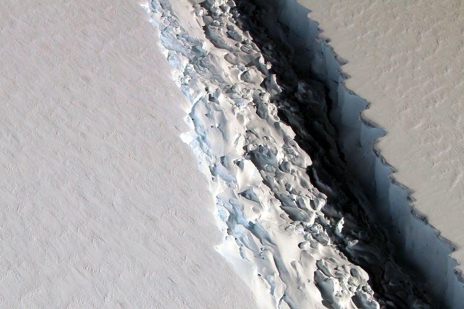 Larsen C crack NASA
