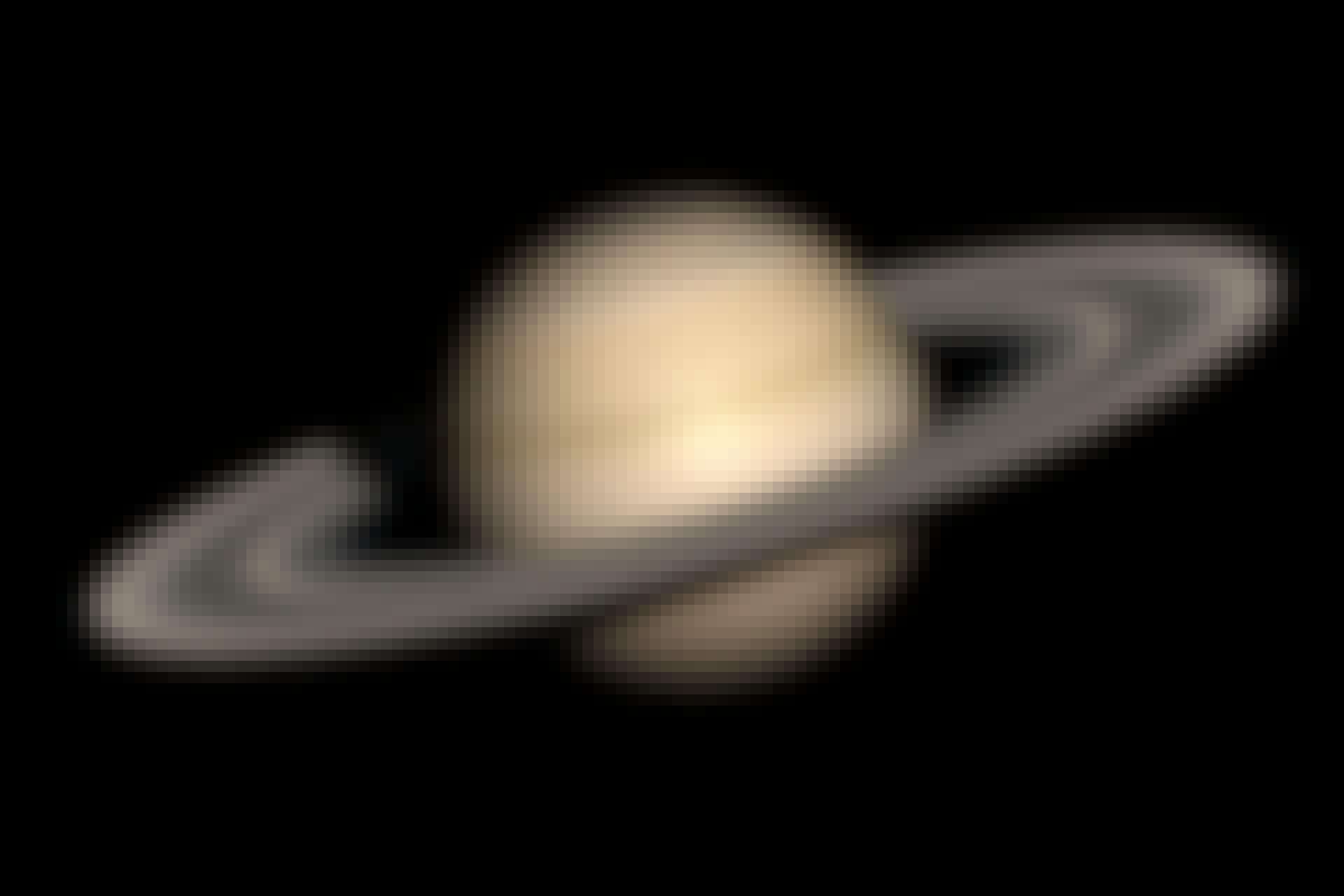 Saturn top