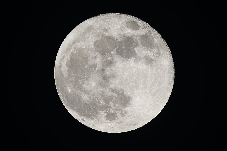 penumbral måneformørkelse