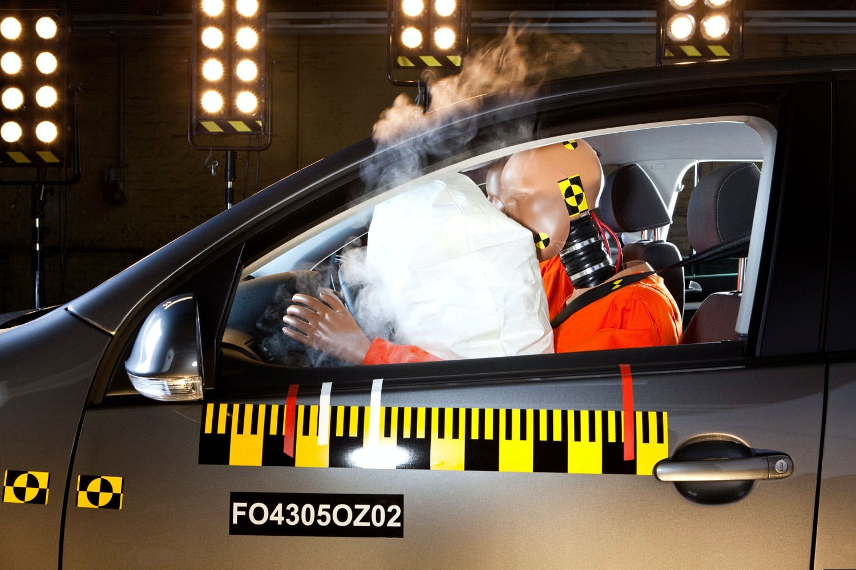 Kan et slag utløse en airbag?