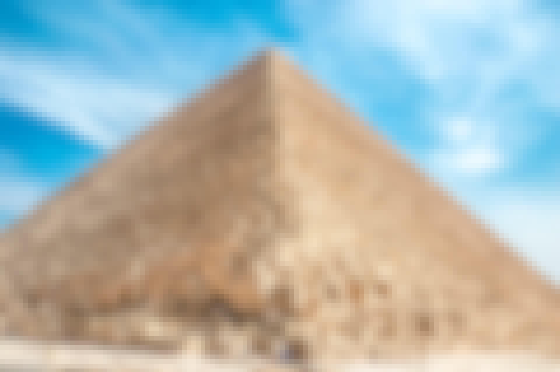 NB u03 pyramide