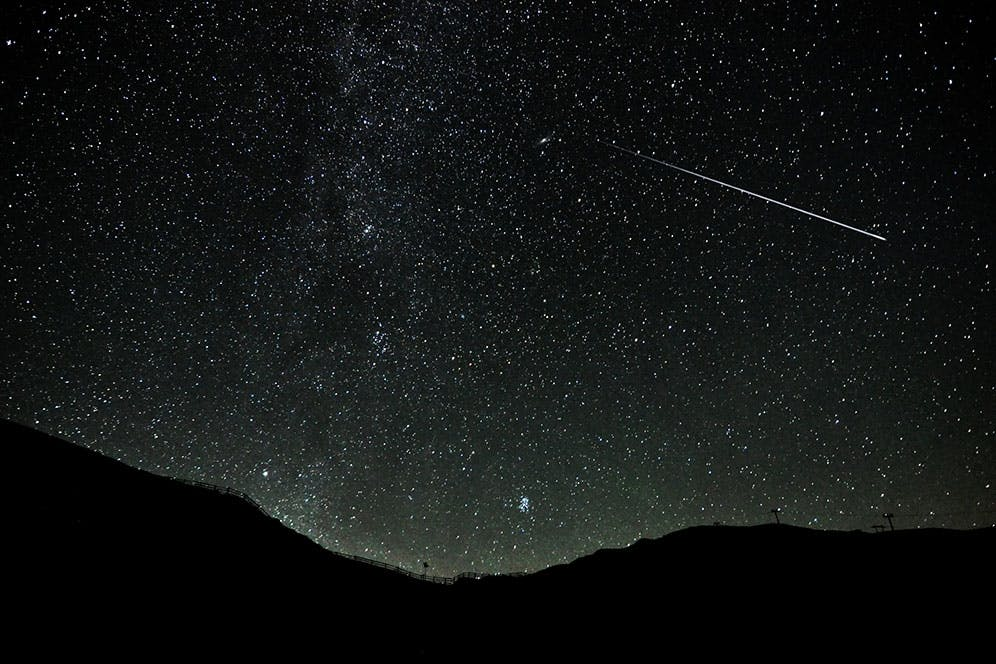 Stjerneskudd - Hvorfor er det flest stjerneskudd på bestemte dager?