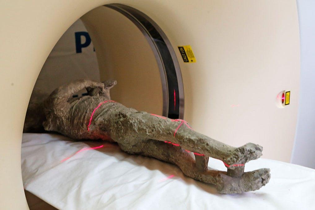 Pompeji - Skanningar avslöjar nyheter om vulkanoffer