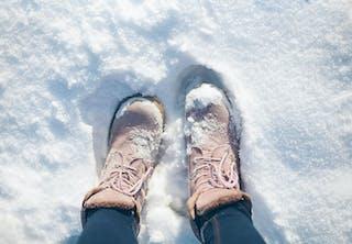 Varför är snön vit?