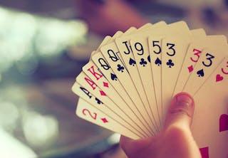 De kleuren van het kaartspel
