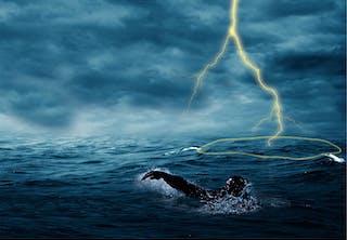 Tordenvejr over hav