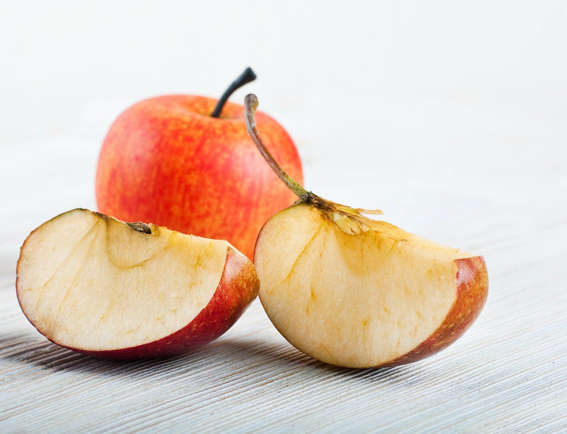 Hoe wordt een appel bruin?