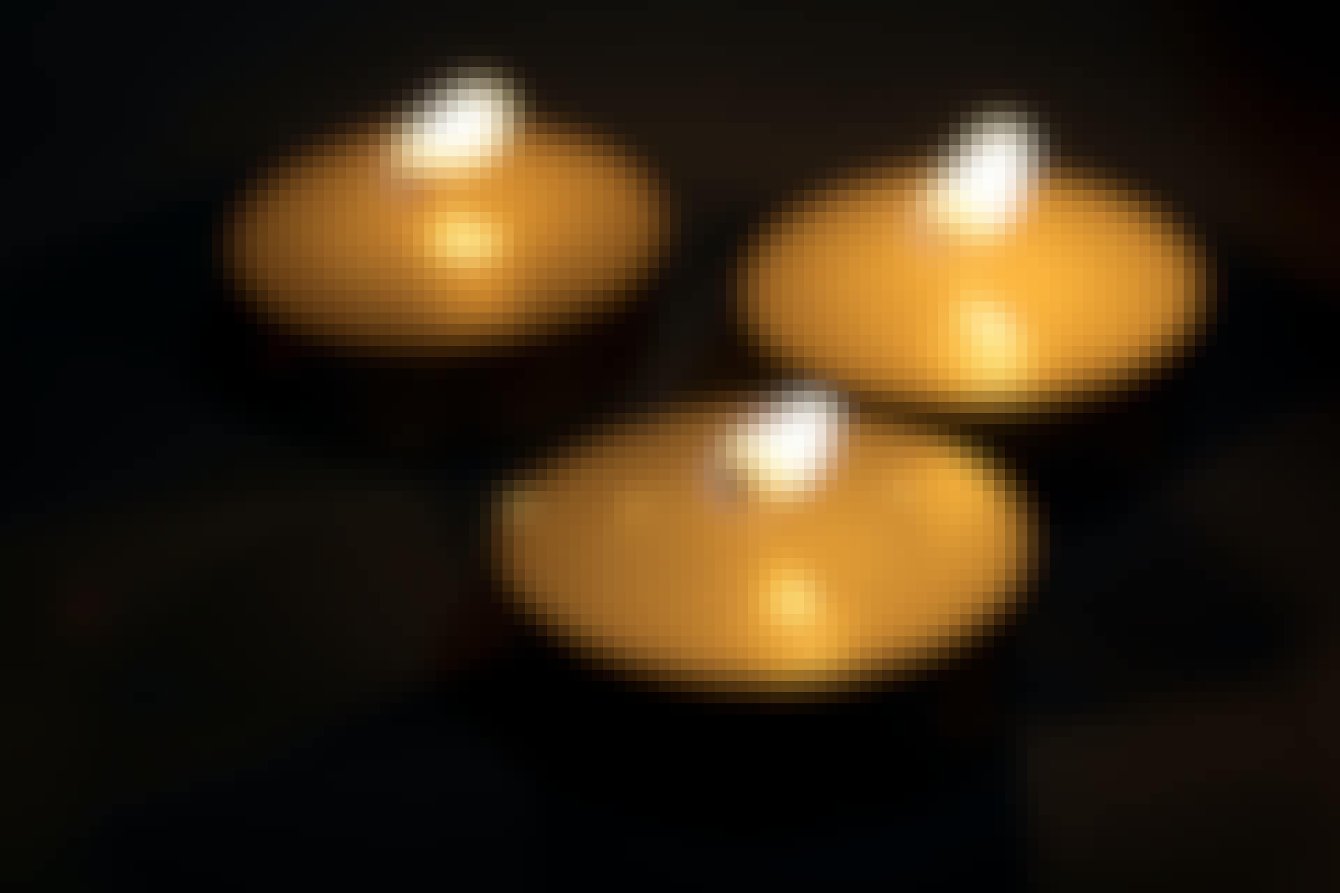 Liian kuuma kynttilä syttyy palamaan