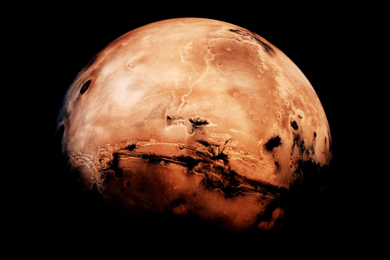 Mars red colour