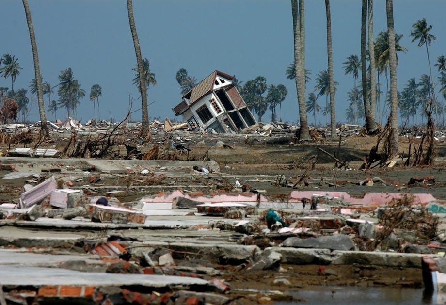 Tsunamin 2004 massförstörelse