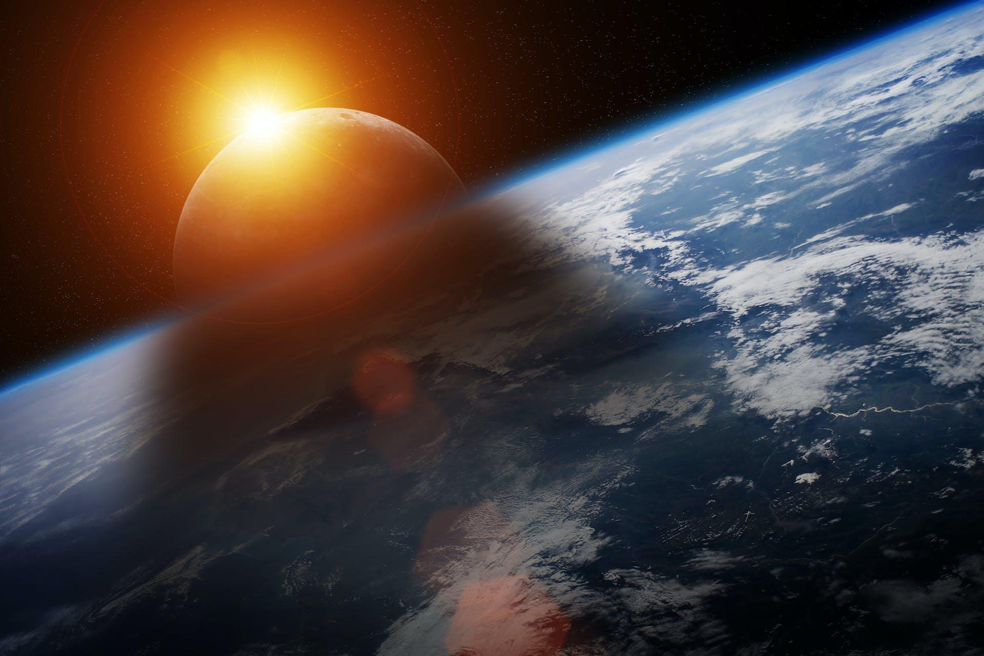 Sol måne jorden på række