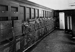 ENIAC - Ensimmäinen tietokone oli omakotitalon kokoinen