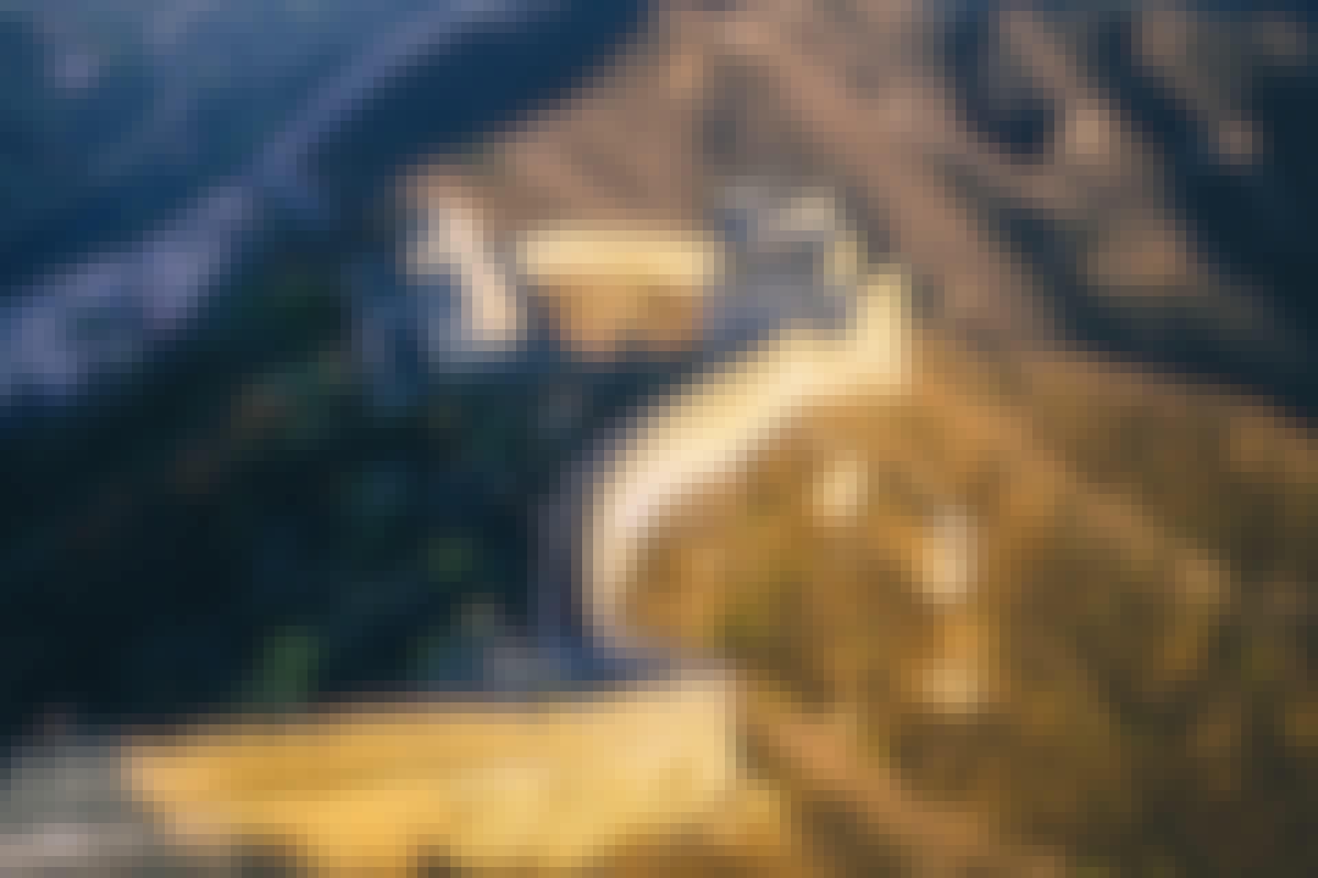 Kiinan muuri rakennettiin pitämään mongolit loitolla