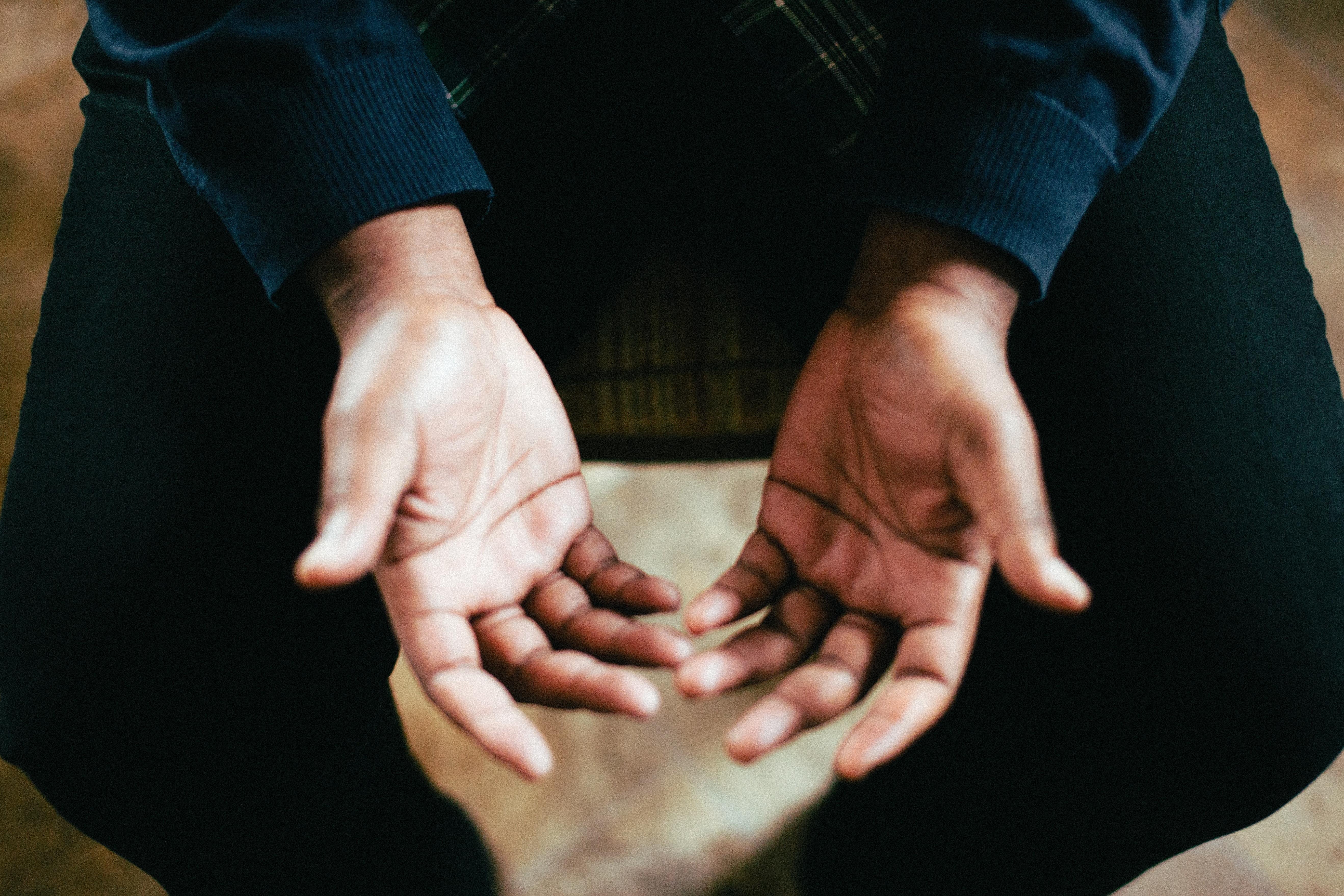 prikken og stikken i hænder og fødder