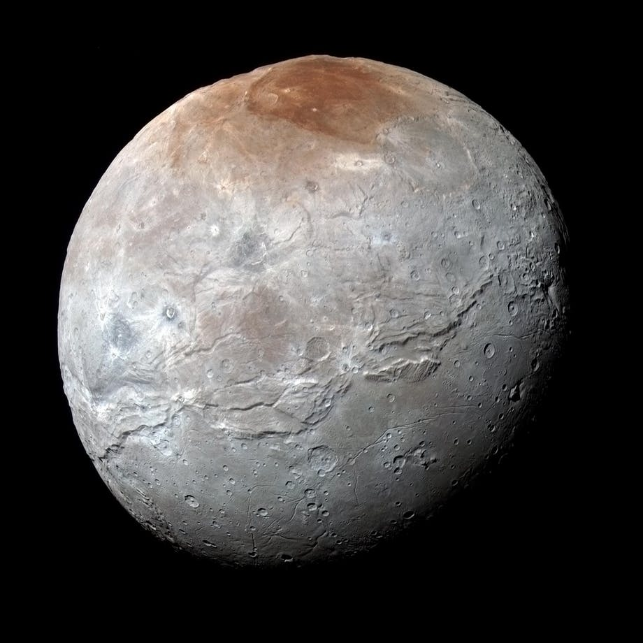 Pluto, måne, Charon