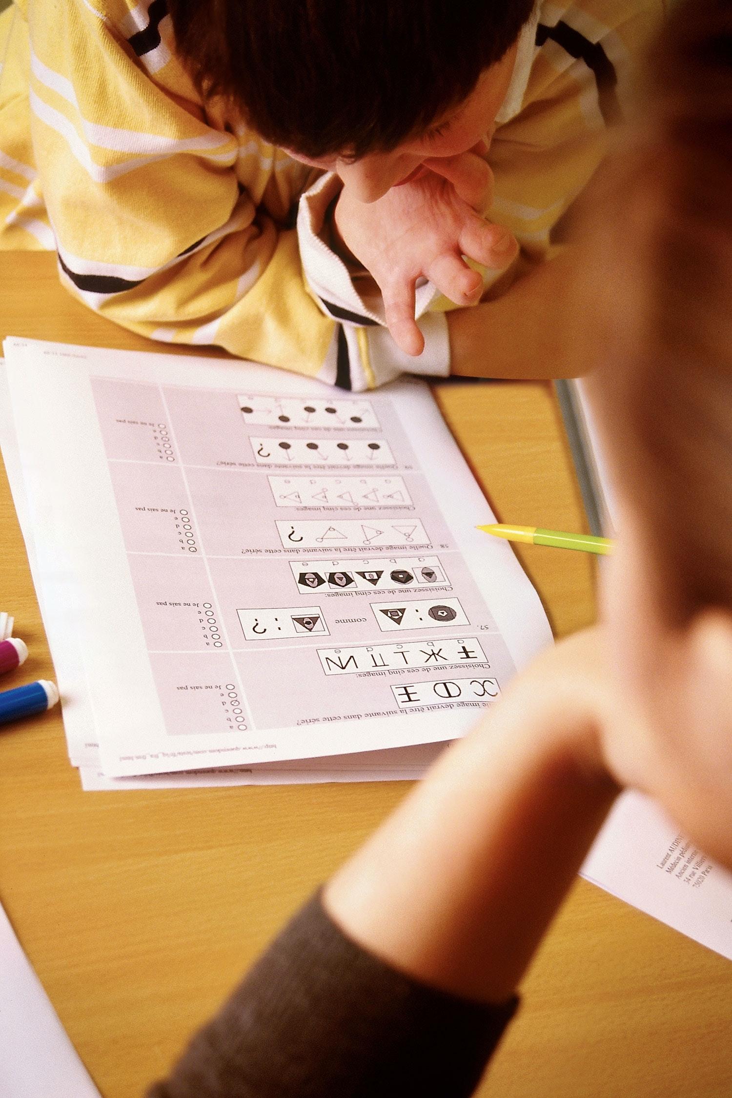 Child with IQ-test