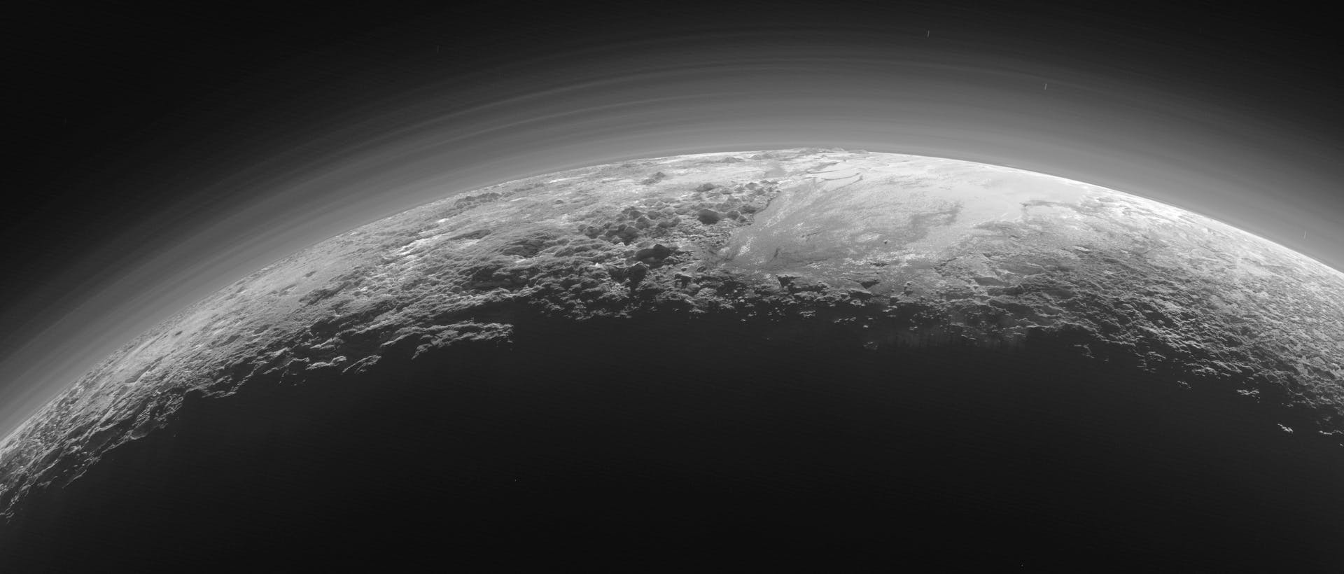 Pluto solnedgang