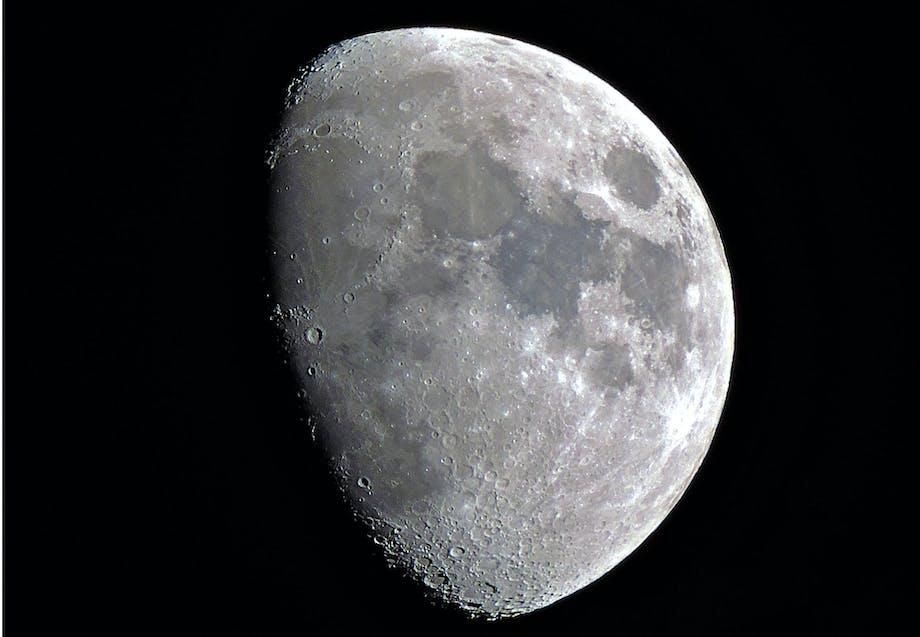 Feiten over de maan