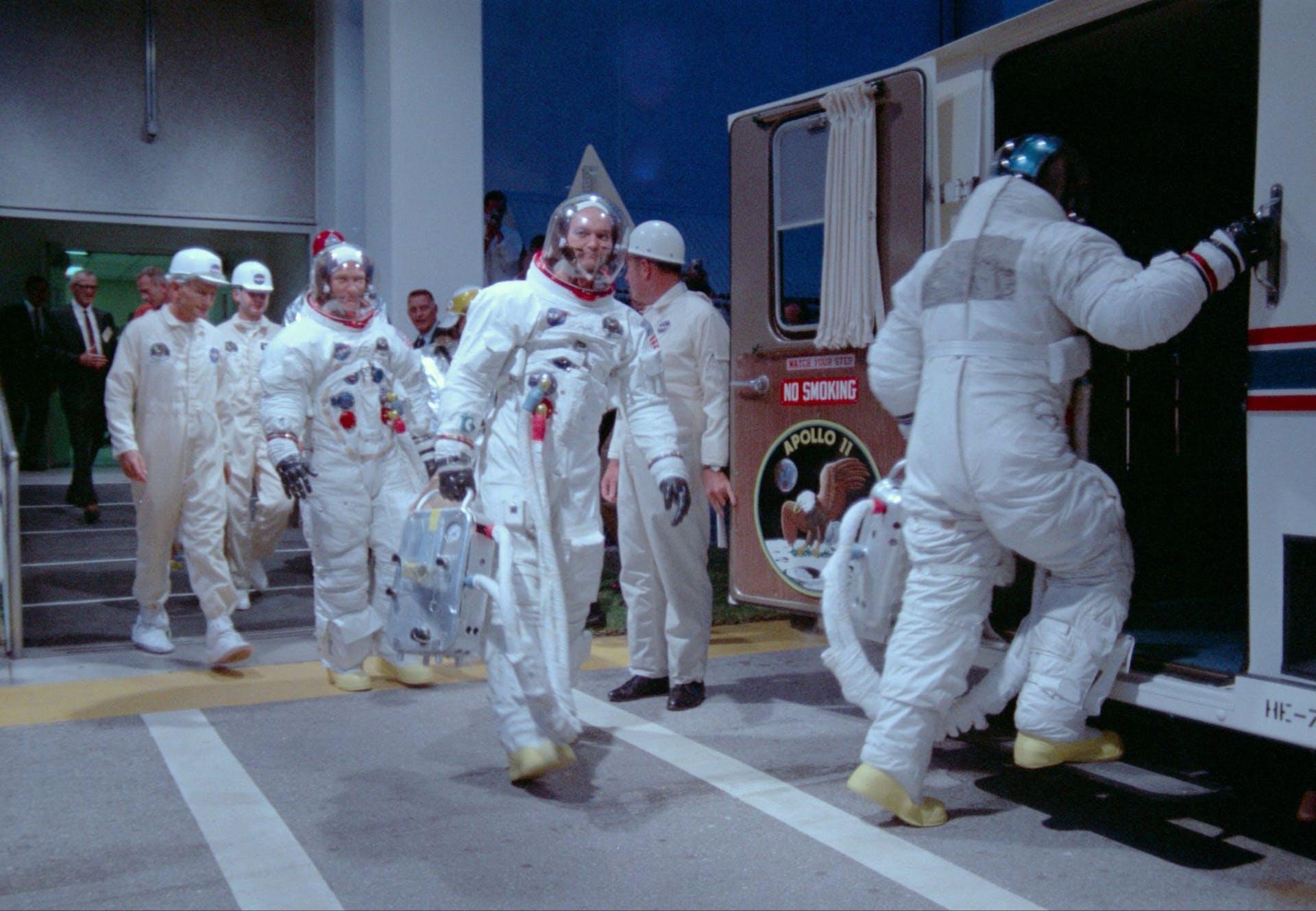 Astronauter gør klar til Apollo 11-missionen