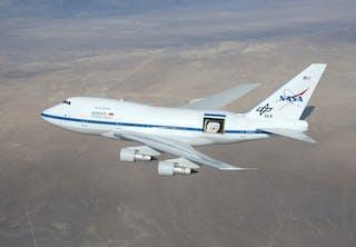 Flyvende teleskop på en jumbojet
