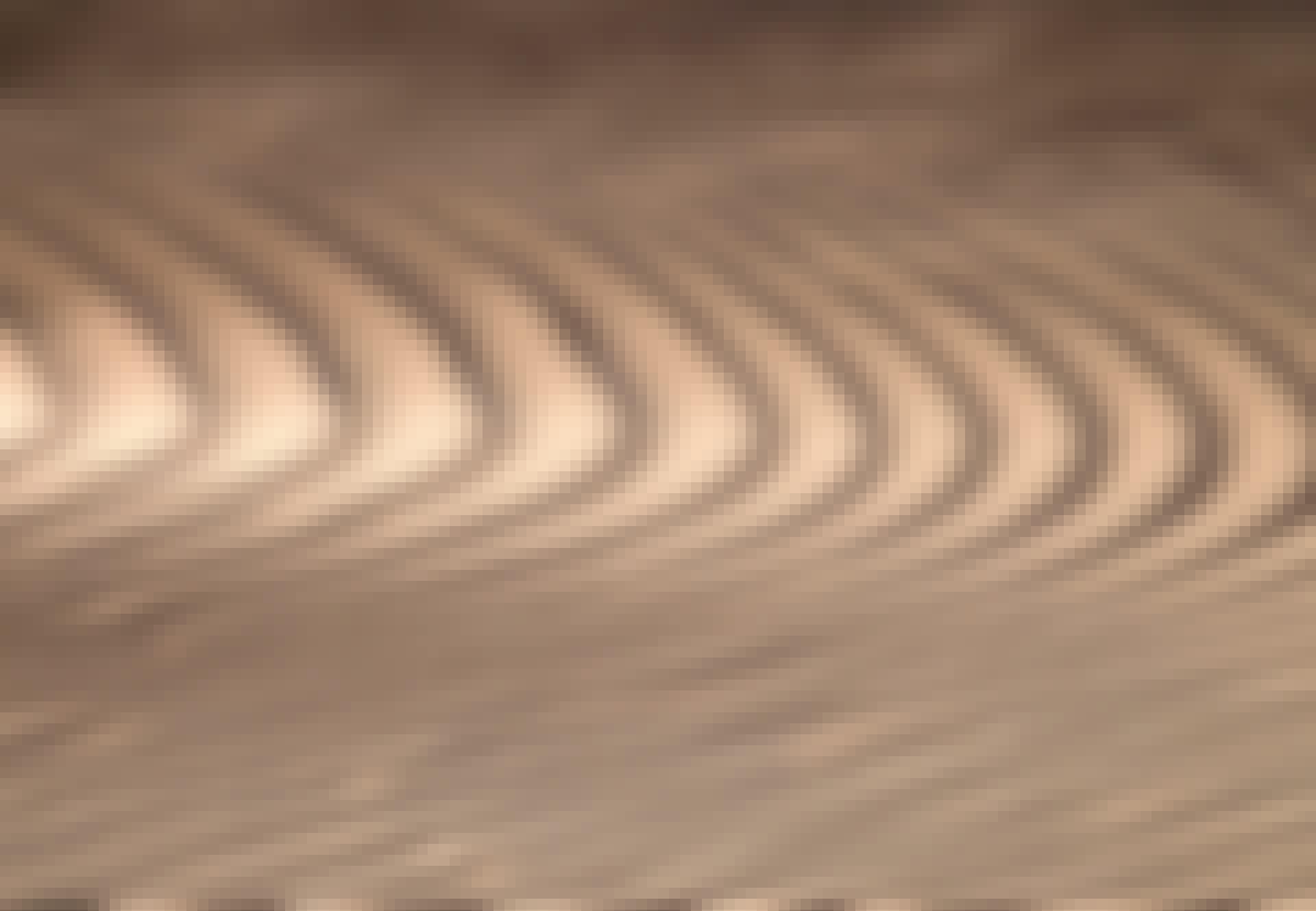 Wind verplaatst het zand in de Saharawoestijn