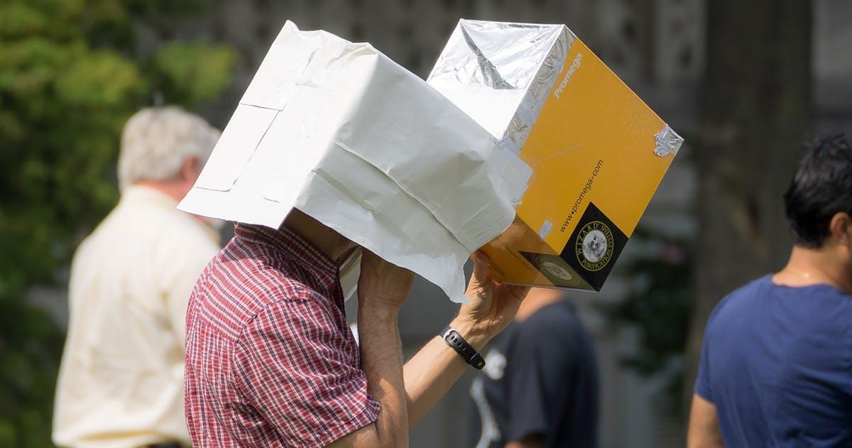 Upplev solförmörkelsen: Gör din egen solkikare