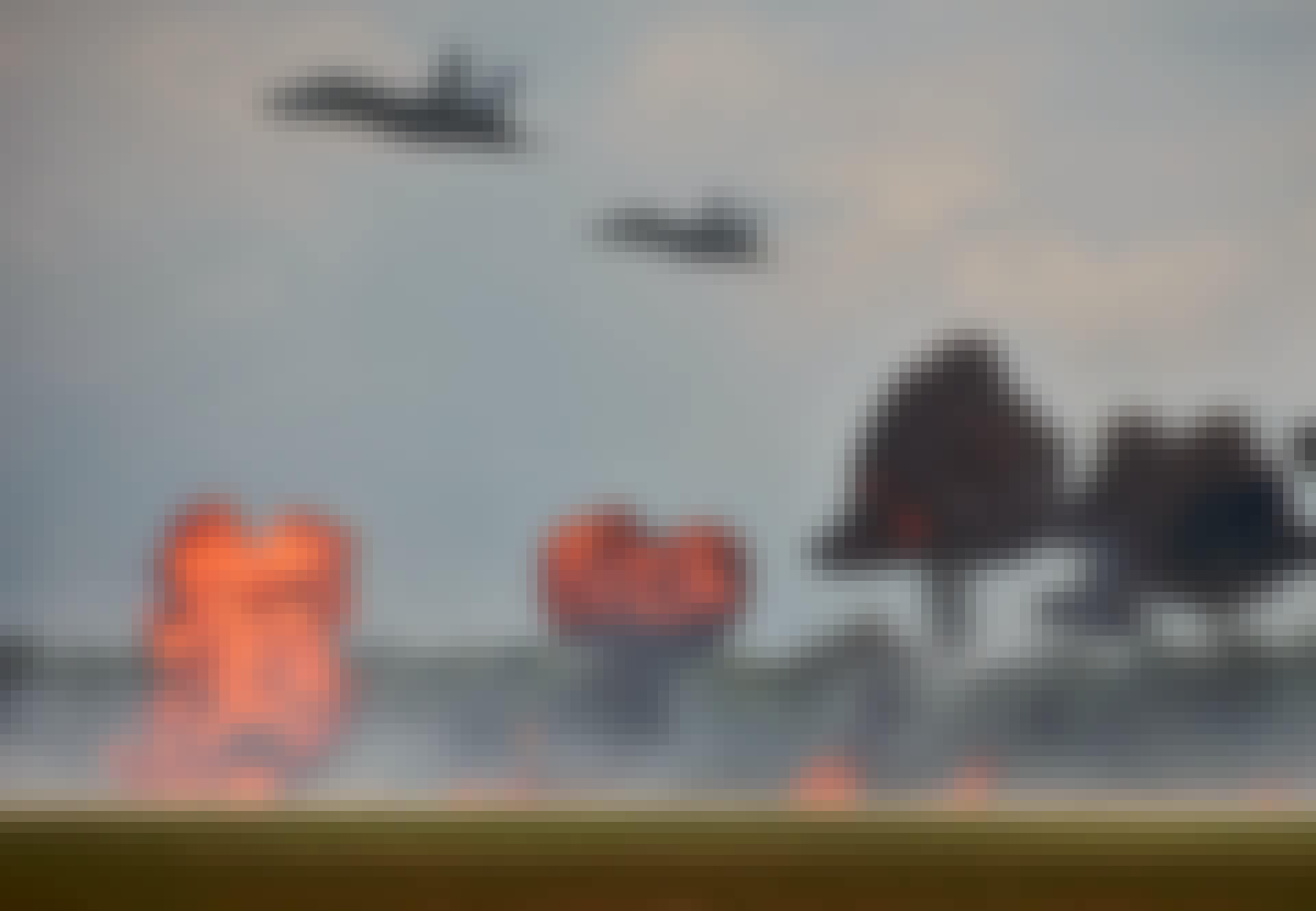 Jetfly smider bomber